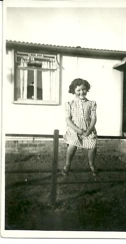 Christine Laidlaw 1948 (Photo 1D)